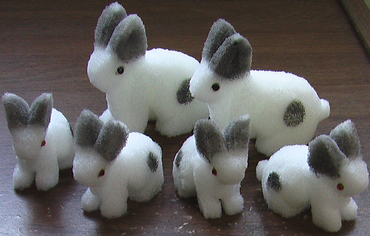 Sponge Rabbits - Gray - 2 Lg. 4 Babies - Multiplying - Eddie Ace